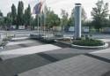 Semmelrock_La_Linia_kostka_brukowa_jasny_granit_i_szary_granit_place.jpg_1945636468